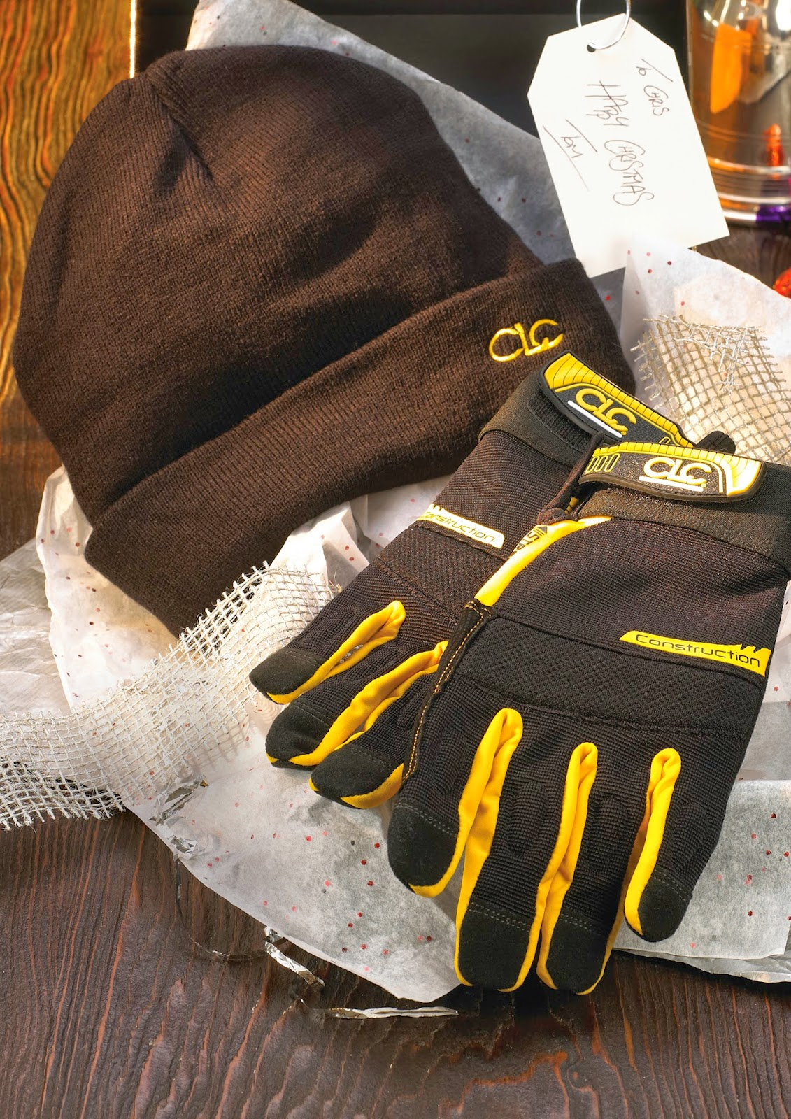 http://www.beesleyandfildes.co.uk/clc-gloves-with-beanie-ref-xms13gloves/