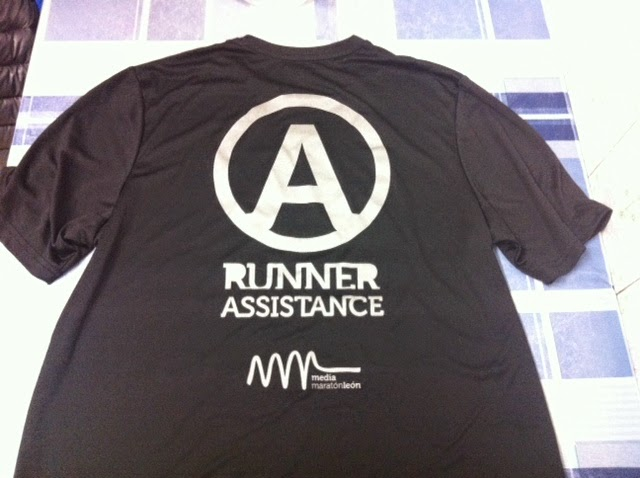 foto runner assistance media maraton leon