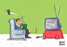 Desliga a TV e abra a sua mente...