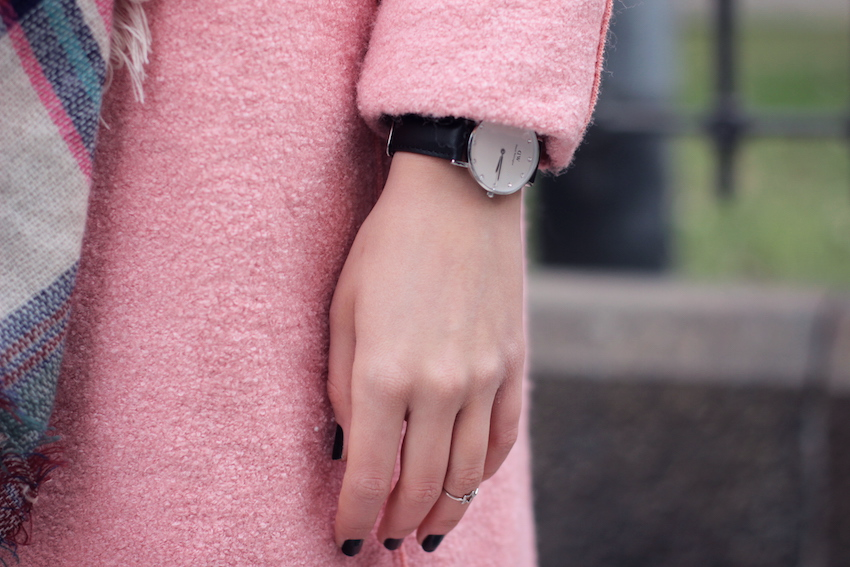 fashion blogger milan daniel wellington
