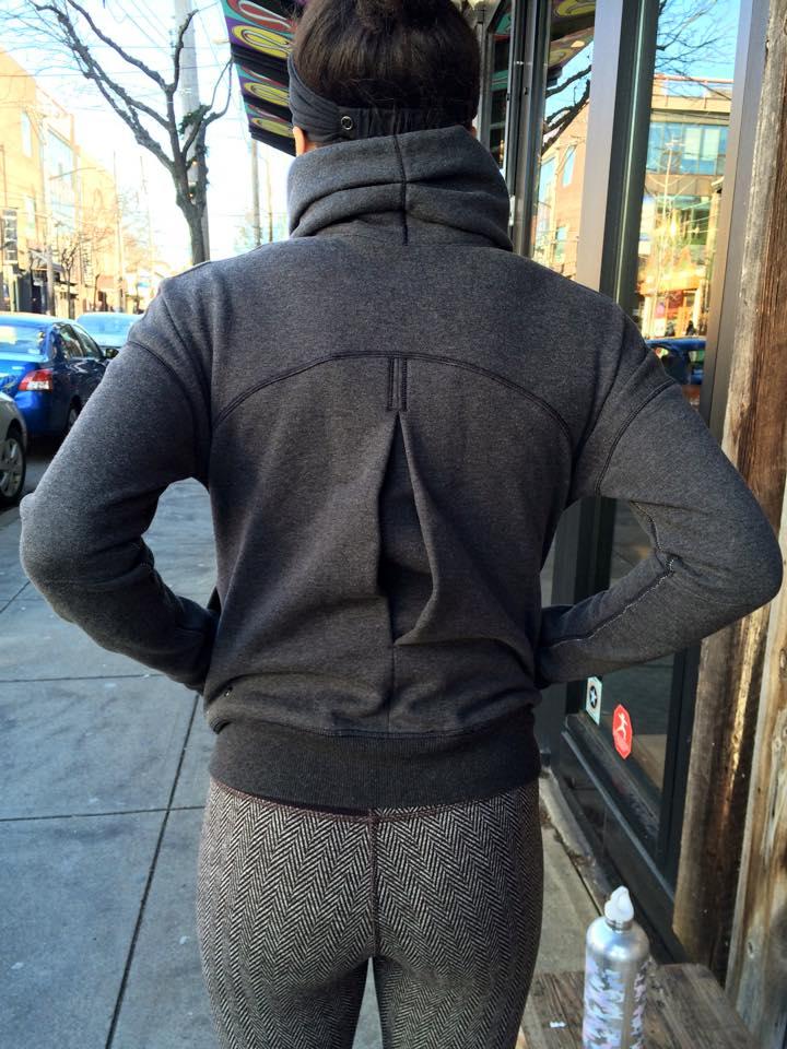 lululemon hug it out jacket