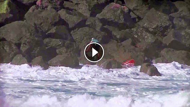 Kayaker Makes Horrible Mistake TWICE