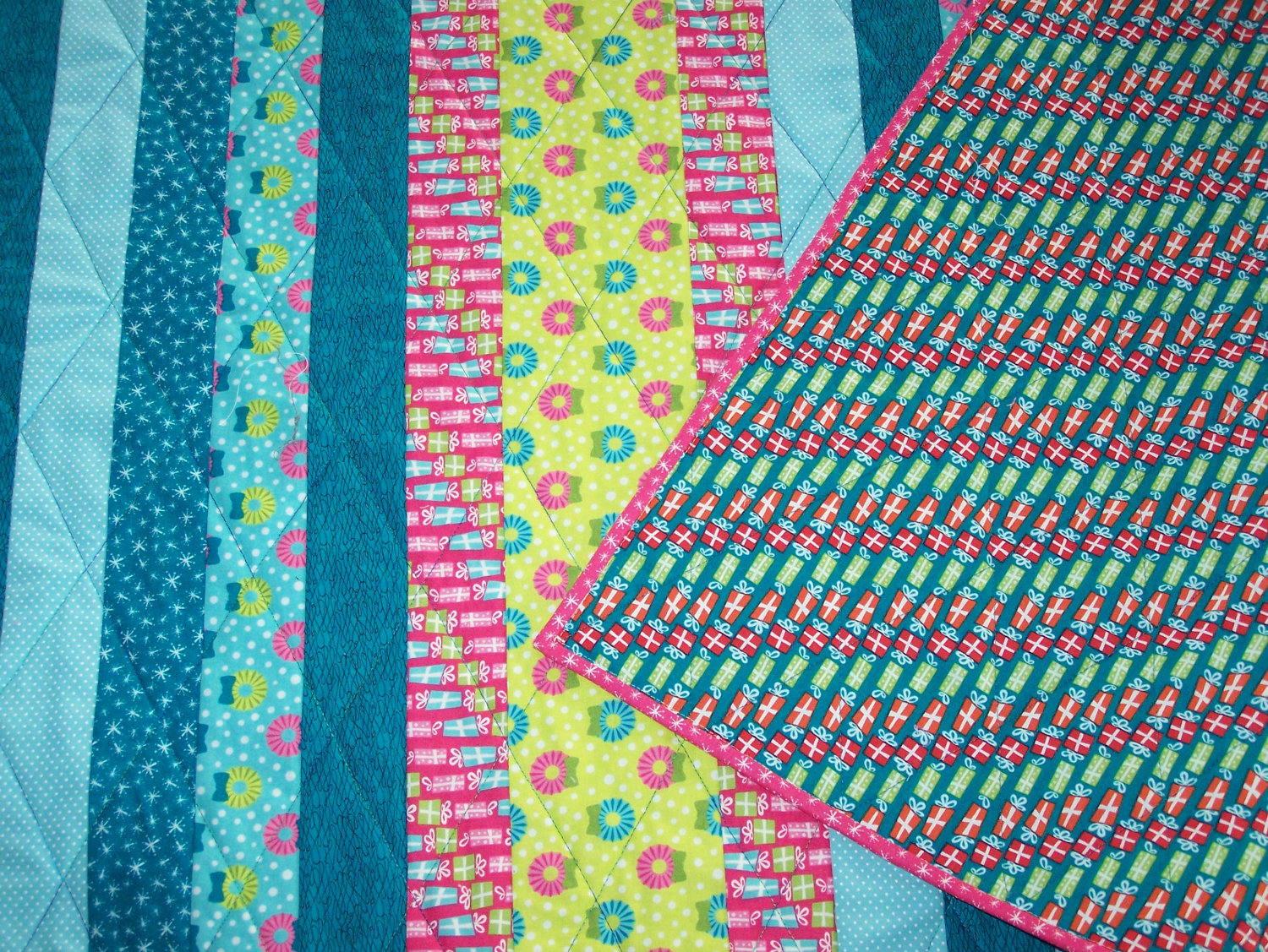Busy Hands Quilts Giveaway Day Win A Christmas Gift
