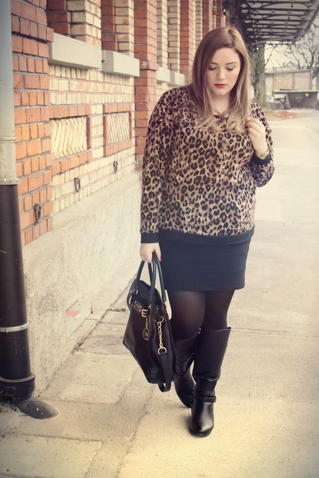 Leo #2 Outfit