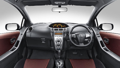 interior yaris 2012