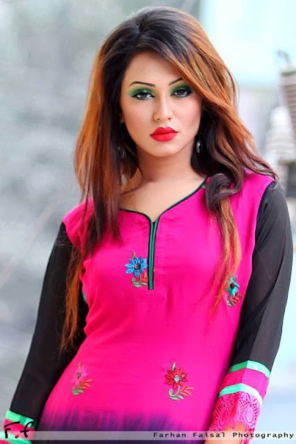 Bd model actress Nusrat Faria Mazhar