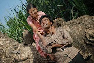 Gnana-Kirukkan-Movie-Stills