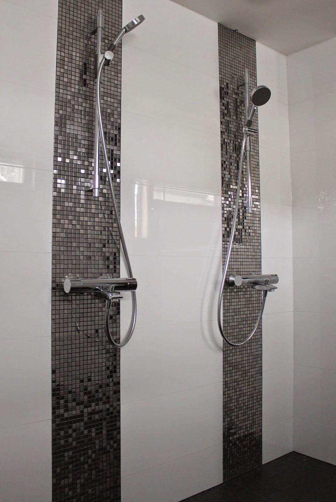 Aurinkopiha  Tilaesittelyssä alakerran kylpyhuone