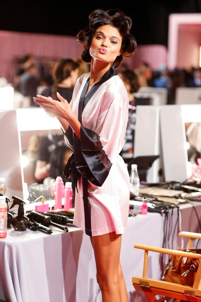 Victorias Secret The Sexiest Bras Panties Lingerie
