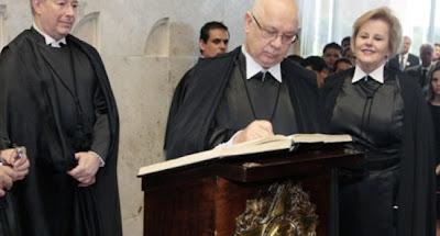 Teori Zavascki toma posse como novo ministro do STF