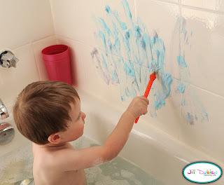 Quandofuoripiove giochi da bagnetto pitturiamo con la schiuma da barba - Giochi di baci in bagno ...