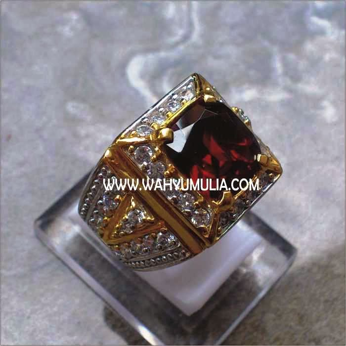 Batu Cincin Permata Red Garnet SOLD