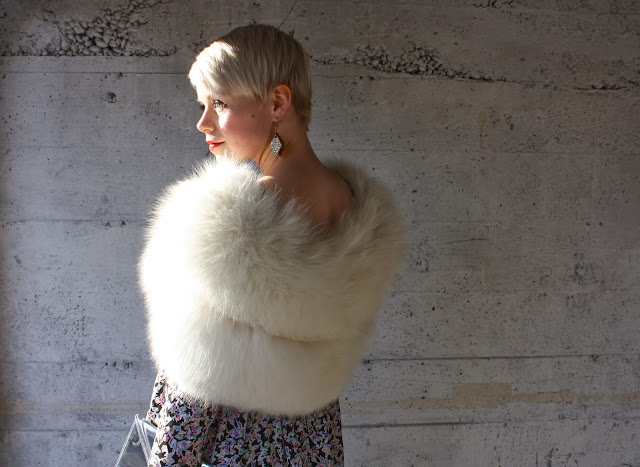 dress, new years eve, fashion, seattle, blonde, silver shoes, vintage, fur