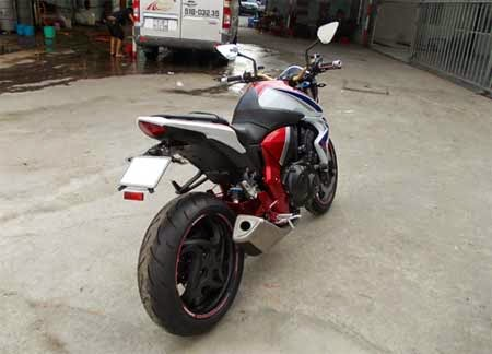 gambar Honda CB 1000R