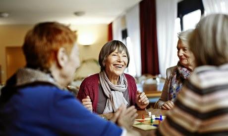Apa Saja Yang Perlu diketahui Tentang Demensia