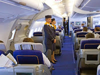 10 Mitos Saat Berada di Pesawat Terbang