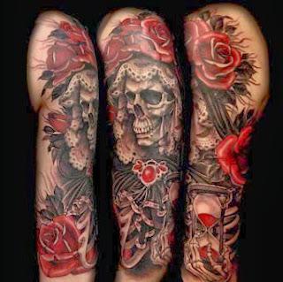 Tattoo rosa e caveira