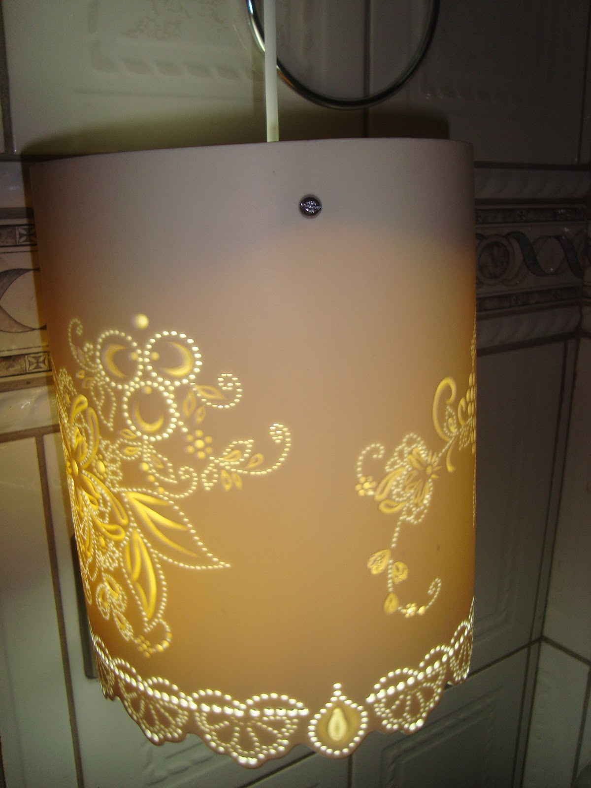 Art Luz Luminárias Artesanais Luminária de Pendente Teto em pvc Arabesco Floral