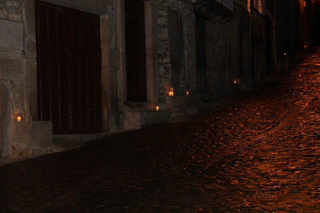 Calles de Mogarraz Ambientadas con Velas
