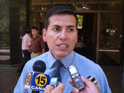 El Senado ya investiga la supuesta red ilícita capitaneada por Muñoz