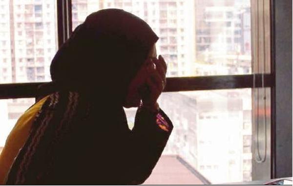 Makcik Saya Dah Terlanjur la Ni Dah Mengandung 7 Bulan Nak Buat Lagu Mana