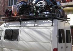 Regresando a Madrid en una furgoneta llena de todo tipo de cosas
