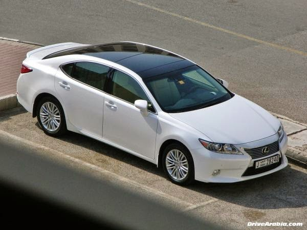 Giá bán Lexus ES350: 2.571.000.000 VNĐ