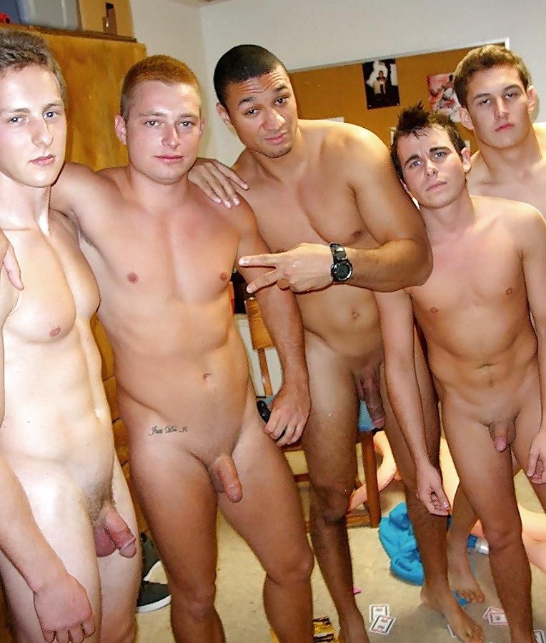 porno entre amigos fotos hombres desnudos