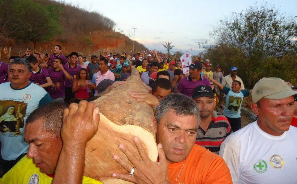 Blog de Altaneira: O Pau da Bandeira tornou-se uma das maiores ...