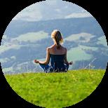 spontán meditáció növeli az önbizalmat és kifejleszti a bölcsességet