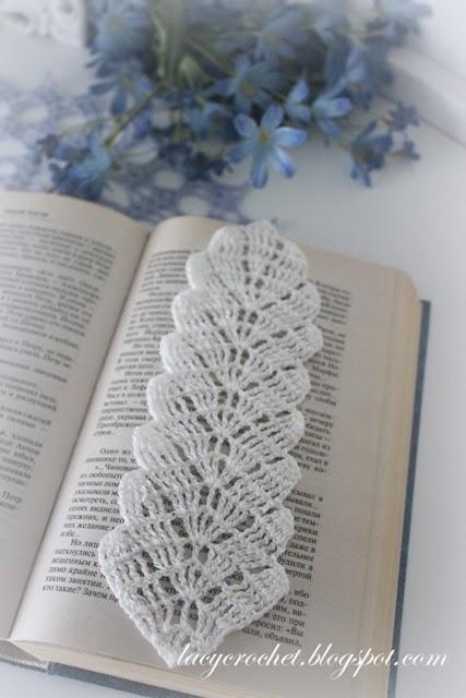 Crochet Bookmark Pattern : Lacy Crochet: Crochet Leaf Bookmark, Free Pattern