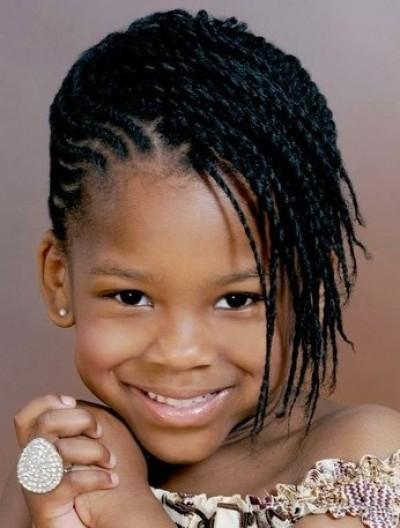 Aquí imágenes de Peinados infantiles para niñas , Tendencias 2013,sólo para niñas encantadoras como tú.
