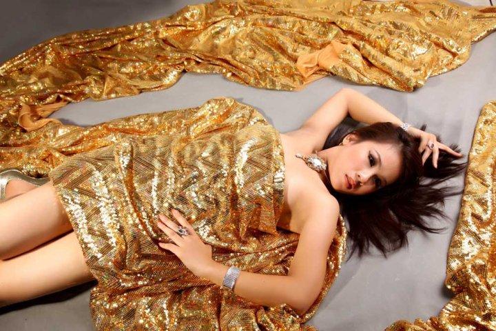 Myanmar Model Nan Mo Mo Aung Biography and Photos