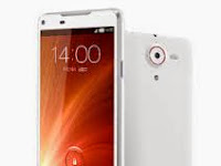 ZTE Nubia X6, Pahblet Android KitKat, Kamera 13 MP, Support 3G Dan LTE