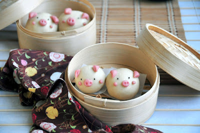Check out how to make these adorable Piggy Chinese Steam Bun 小猪猪饅頭 with step by step video tutorial!