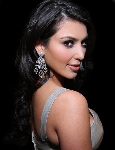 kim kardashian wallpaper. kim kardashian wallpapers.