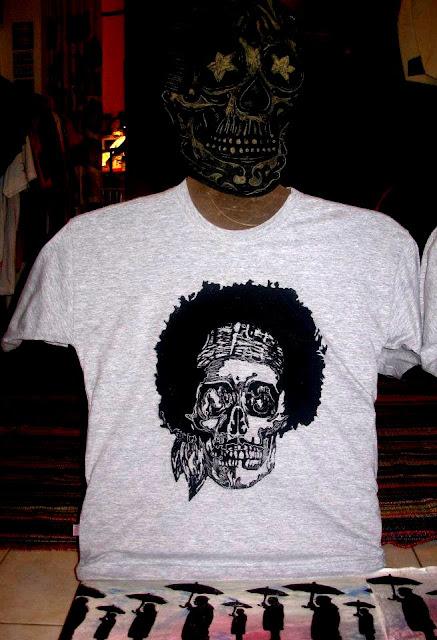 """Camiseta - Séries """"Caveira"""" e """"Jimi Hendrix"""""""