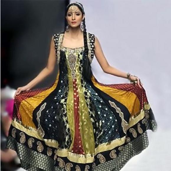 New Home Designs Latest October 2011: Fashion World: Anarkali Umbrella Frock Dress 2011
