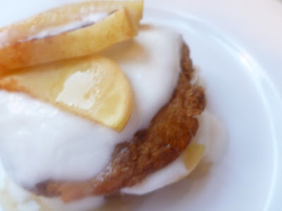 Apple Crumb VitaTop with cooked apples and stevia-sweetened yogurt