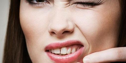 Cara Merawat Wajah Alami Untuk Menghilangkan Jerawat dan Komedo