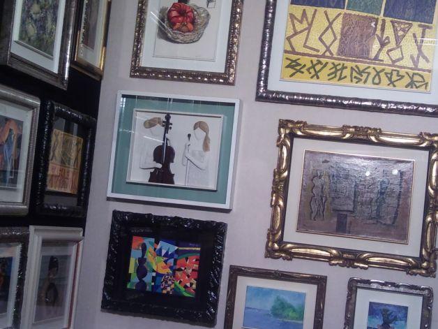 C mo colgar cuadros ideas para decorar dise ar y - Como colocar cuadros ...