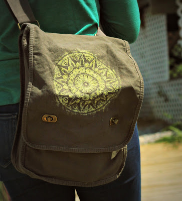 Soul+Flower+Messenger+Bag+2 - Field of Dreams Bag : Why Moms Love It!