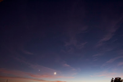 moon venus at twilight