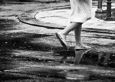 """Nas linhas com ______________ Cristina Brandão Lavender """"passos"""""""