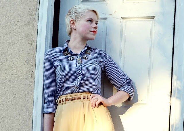 gingham, fleur d'elise, blonde pixie cut, seattle, street style, spring