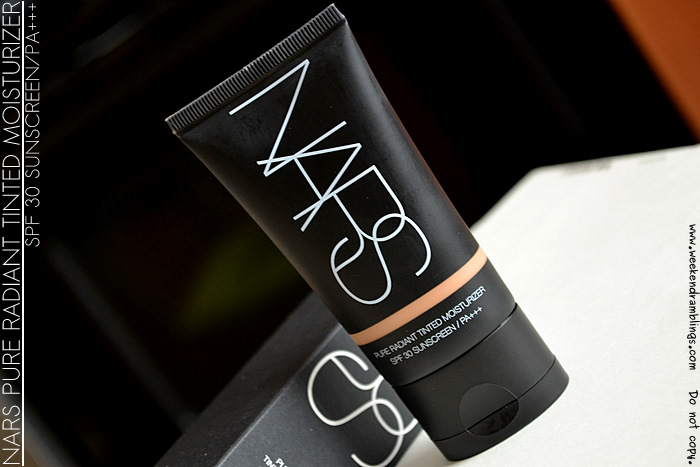 NARS Cosmetics Pure Radiant Tinted Moisturizer SPF 30 Sunscreen PA+++ Annapurna Cuba Makeup Reviews Beauty Blog Swatches Ingredients Looks Fotd