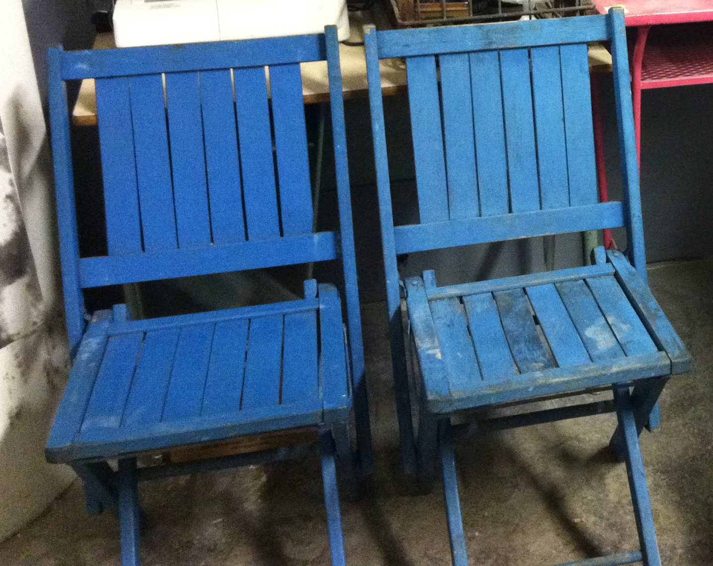 2 blue wooden folding chairs 15 a piece blue lounge chair 25 or best offer pallet coffee table on rolling casters 25 vintage school pull down map