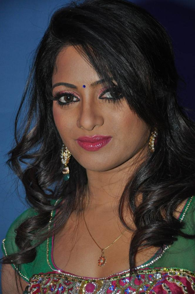 Udaya Bhanu at Mirchi Audio Launch