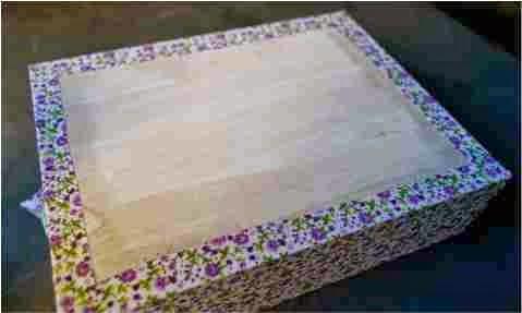 como forrar o fundo da caixa com tecido