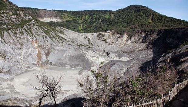 Wisata Gunung Tangkuban Perahu Bandung Barat